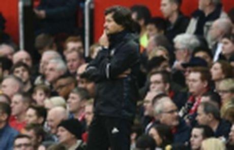Bao chi Anh: Mourinho vo loi, xung dang nhan an phat - Anh 4