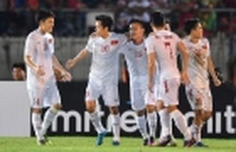 Diem tin chieu 28/11: Lo dia diem Viet Nam da ban ket, Juve thua vi doi phuong choi bao luc - Anh 4