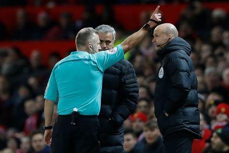 Mourinho, chuyen gia 'do loi' - Anh 1