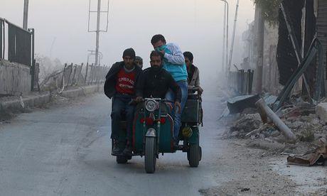 Quan doi Syria giai phong 2 quan chien luoc o dong Aleppo - Anh 1
