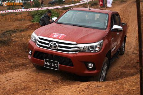 Cam lai ban tai Toyota Hilux 2016 gia tu 697 trieu tai VN - Anh 16