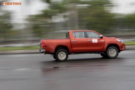 Cam lai ban tai Toyota Hilux 2016 gia tu 697 trieu tai VN - Anh 19