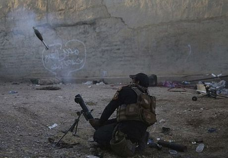 Hinh anh dac nhiem Iraq tien sau vao dong Mosul - Anh 1