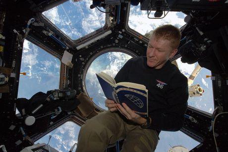 Anh doc ve Trai dat chup tu tram vu tru quoc te ISS - Anh 13