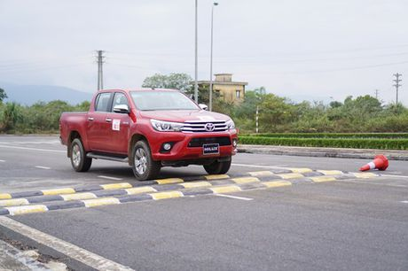 Off-road cung Toyota Hilux 2016 - Anh 11