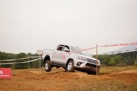 Off-road cung Toyota Hilux 2016 - Anh 8