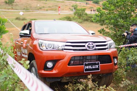 Off-road cung Toyota Hilux 2016 - Anh 10