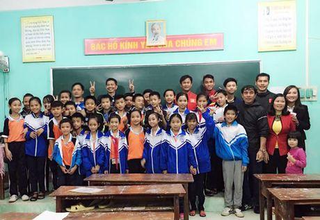 Chuyen di y nghia voi U19 Viet Nam - Anh 1