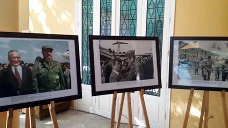 Tong bi thu Nguyen Phu Trong vieng ong Fidel Castro - Anh 4