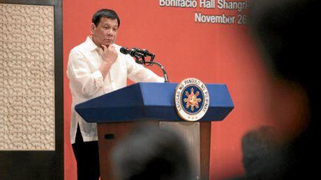 Tong thong Philippines ngat xiu? - Anh 1