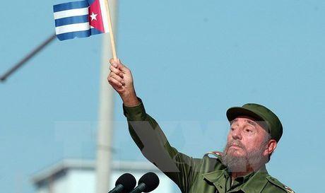 Chu tich Quoc hoi Viet Nam du le tang lanh tu Fidel Castro - Anh 1