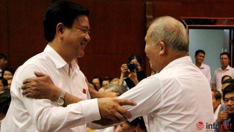 Luc luong cong an dang quyet liet bat bang duoc Trinh Xuan Thanh - Anh 1