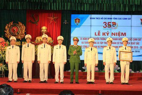 Tong cuc Canh sat tuyen duong 35 tap the, ca nhan tieu bieu - Anh 1