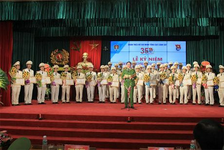 Tong cuc Canh sat tuyen duong 35 tap the, ca nhan tieu bieu - Anh 2