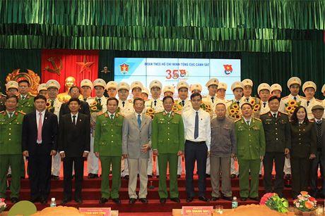 Tong cuc Canh sat tuyen duong 35 tap the, ca nhan tieu bieu - Anh 3