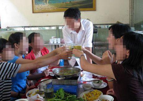 Viet Nam tieu thu bia nhieu thu 3 chau A, thu nhap dung thu 7 ASEAN - Anh 1