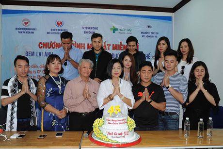 Viet Trinh ban o to rieng gan 2 ti giup benh nhan ngheo - Anh 6