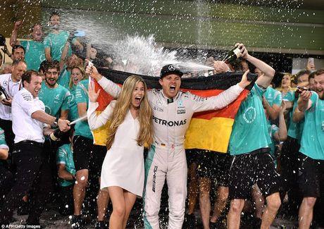 Nico Rosberg cam on bo me vi giac mo vo dich F1 - Anh 1