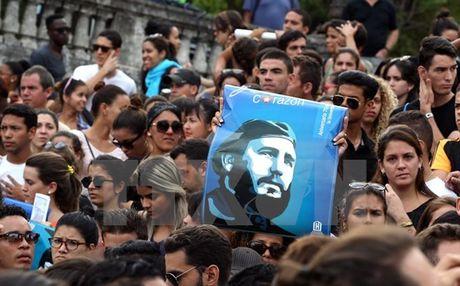 Lanh tu Fidel Castro qua doi: Nhieu quoc gia tren the gioi de tang - Anh 1