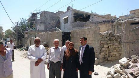Chien su Syria: Phien quan lu luot nop vu khi dau hang o ngoai vi Damascus - Anh 3