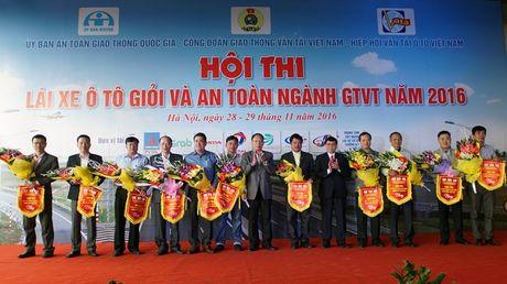 Khai mac Hoi thi lai xe gioi va an toan nganh GTVT nam 2016 - Anh 1