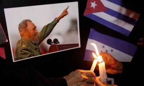 Le tuong niem Fidel Castro se bat dau bang 21 phat dai bac - Anh 1