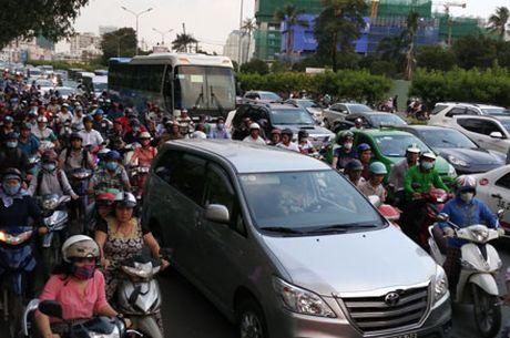 TP.Ho Chi Minh: Am anh ket xe khu trung tam - Anh 1