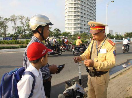 Ha Noi se thi diem kiem tra xe chinh chu bang thiet bi thong minh - Anh 1