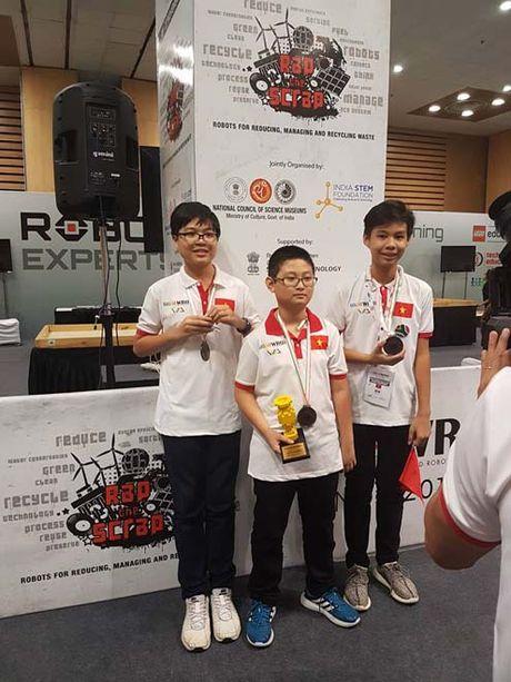 Hoc sinh TP.HCM dat giai 3 cuoc thi Robotics Quoc te WRO 2016 - Anh 2