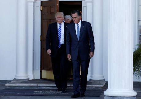Trump khong nen chon Mitt Romney lam ngoai truong? - Anh 1