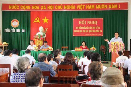 Dong chi Nguyen Hoa Binh tiep xuc cu tri tai Quang Ngai - Anh 1