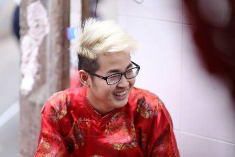Chang trai hat giong nu gay nao loan 'Sing My Song' la ai? - Anh 1
