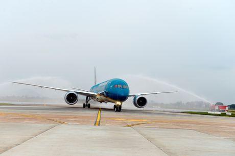 Vietnam Airlines nhan chiec Boeing 787 Dreamliner thu 10 - Anh 1