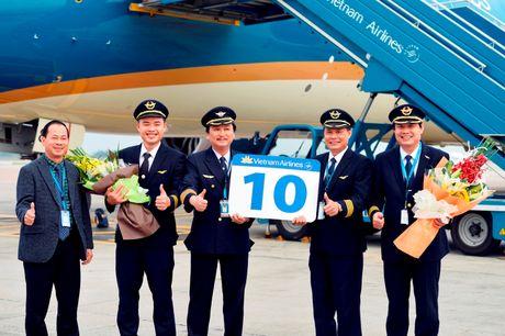 Vietnam Airlines nhan chiec Boeing 787 Dreamliner thu 10 - Anh 2