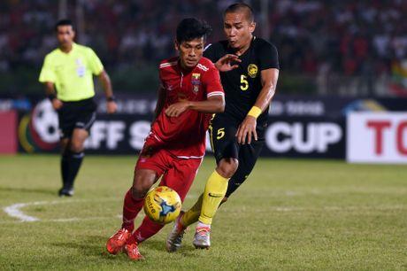 3 cau thu Viet Nam o doi hinh tieu bieu vong bang AFF Cup - Anh 12