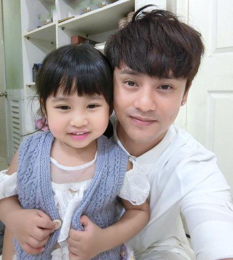 Ung Dai Ve: Hon nhan chong vanh, mot minh nuoi con - Anh 2