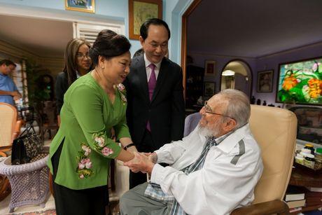 Hinh anh lanh tu Fidel Castro trong chuyen tham cua Chu tich nuoc - Anh 2