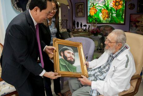 Hinh anh lanh tu Fidel Castro trong chuyen tham cua Chu tich nuoc - Anh 3