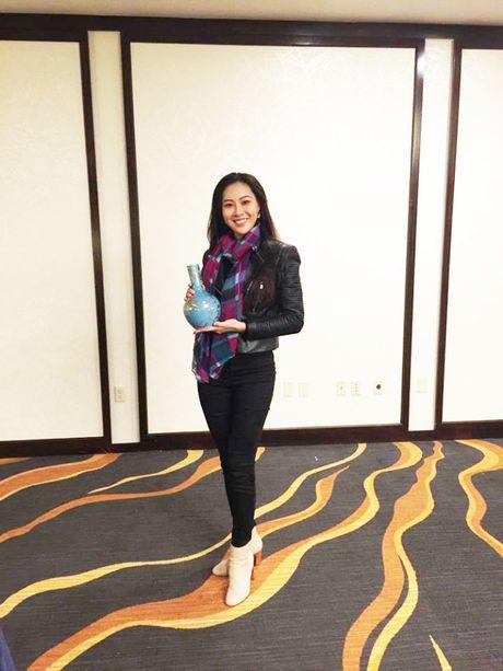 Can canh chiec binh gom dat vang cua Dieu Ngoc tai Miss World 2016 - Anh 5