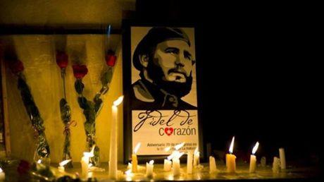 Chu tich Quoc hoi len duong sang Cuba du Le truy dieu ong Fidel Castro - Anh 1