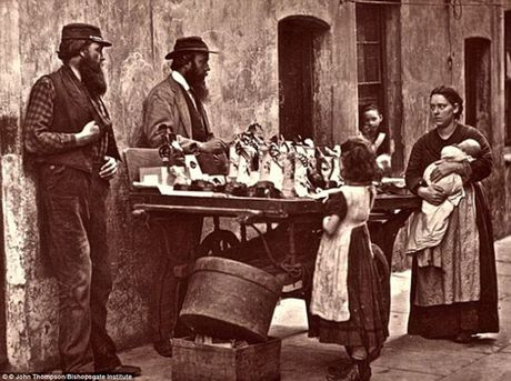 Nhung buc anh hiem hoi ve 'dan ngheo' nuoc Anh nhung nam 1870 - Anh 9