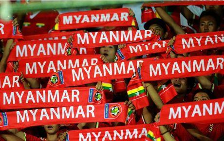 Chum anh: Nhung CDV cuong nhiet nhat tai AFF Cup 2016 - Anh 2