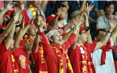 Chum anh: Nhung CDV cuong nhiet nhat tai AFF Cup 2016 - Anh 3