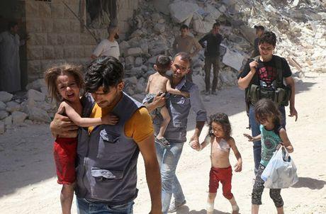 Lien hop quoc: 16.000 nguoi bi buoc roi khoi thanh pho Aleppo - Anh 1