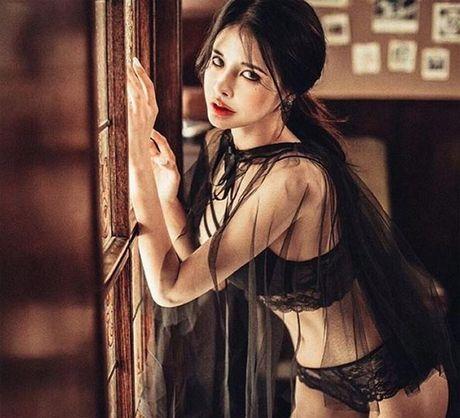 My nu Han gay xon xao vi ngoai hinh sexy qua 'Tay' - Anh 10
