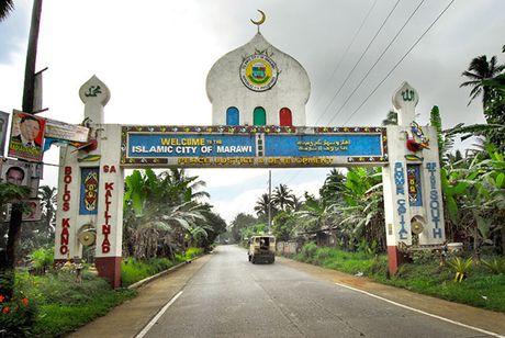 Doan xe ho tong Tong thong Philippines bi danh bom - Anh 2