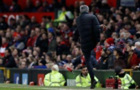 Nong: Mourinho chinh thuc bi FA buoc toi - Anh 5