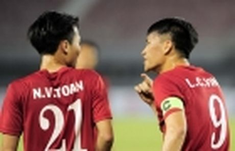 Diem tin chieu 29/11: Mourinho chinh thuc lanh an; Viet Nam dau dau tim nguoi thay Dinh Luat - Anh 5