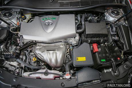 Toyota ra mat Camry 2.0G X ban the thao gia 815 trieu - Anh 7