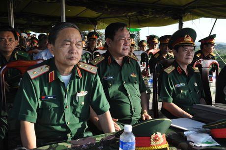 Muc kich bo doi Viet Nam danh quan do bo duong bien - Anh 8